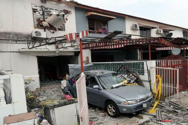 Malaysia, Klang: Gas bung puakkham hangin aliam nupinu sita
