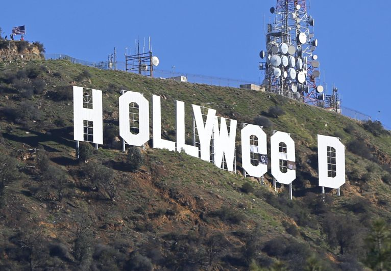 "Hollywood pen ""Hollyweed"" tawh kumthakni kilaihsak sese ~ ZD"