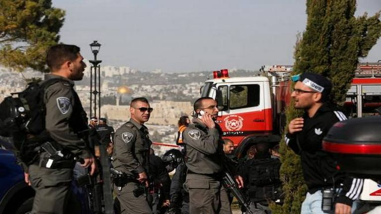 Israel ah Palestine mi Lorry Driver khatin Israel galkap 4 phulum ~ TK Lian
