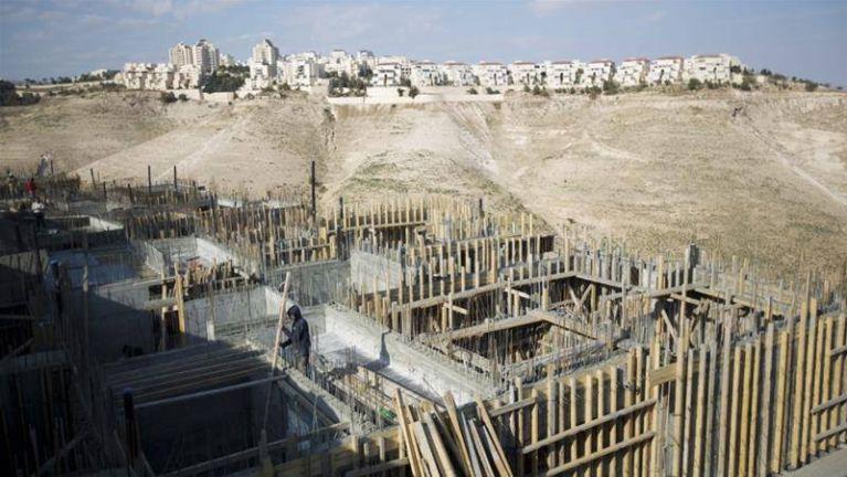Israel in a uk khumna West Bank a teennading inn 3000 lamsawm ~ TK Lian