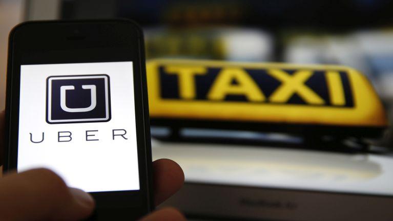 Uber Taxi in apainopna puaklo in lamkal ah akhiatkhit ciangin damiah te'n bawlsia sawnsawn