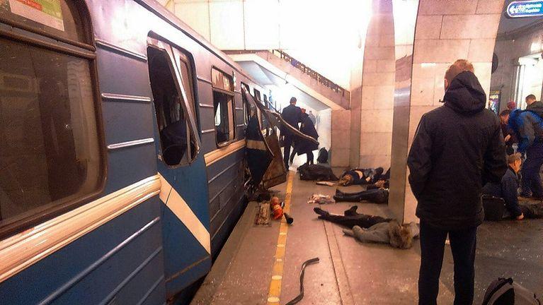 Russia gamsung meileng khatah Bomb puakkham in mi 11 si, 45 liam ~ ZD