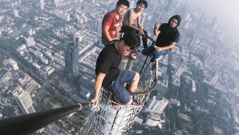 Selfie Photo kizaihding in Pi 1400 val asang inndawn ah akahto khangno te