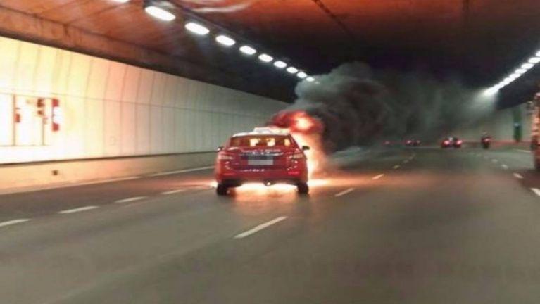 Singapore leinuai Tunnel sungah Taxi atailaitak puakkham, Video kizaihkha