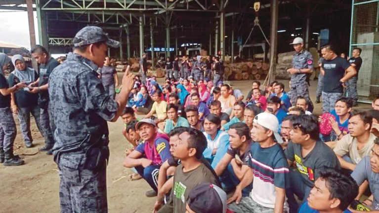 Malaysia, Kuching ah Operasi lutin gamdangmi 108 kiman