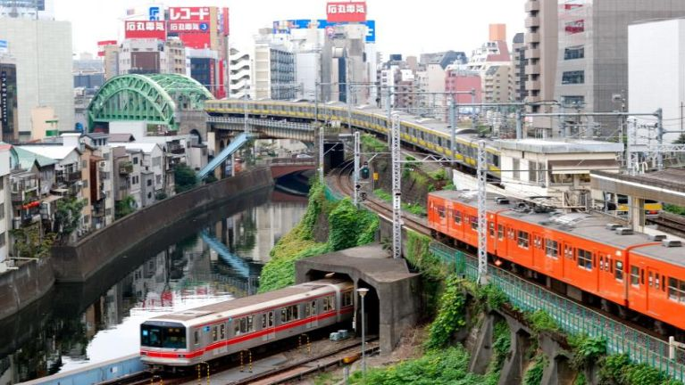 Japan ah meileng khat Second 20 alolzaw in Station pan paikhia ahih manin ki mawhsak