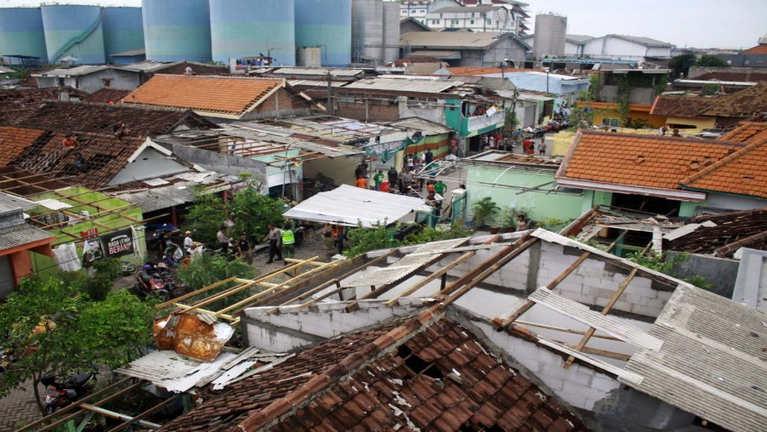 Indonesia gamsung Tornado huihpi in nawkgawp, inn 600 val sia, mi 35 liam