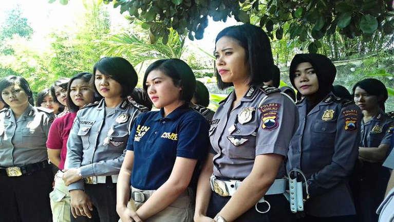 Indonesia ah Security Force alutnuam numeite Virginity Test kibawlsak sese