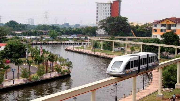 Kum 4 sung aki khakcip Melaka khuasung Monorail Service kipan kikding