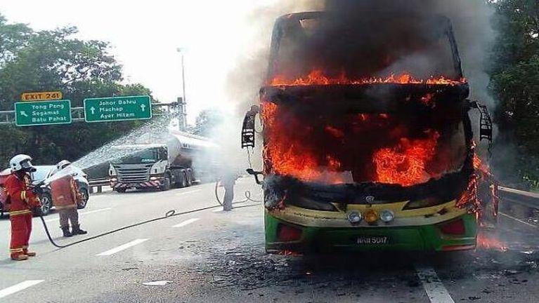 Malaysia, Johor pan Kuala Lumpur azuan Tourist Bus khat mei kanggawp