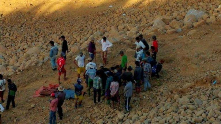 Myanmar, Hpakant ah suangkhuk kicim leuleu, mi 17 sikhin