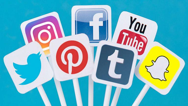 Tuhun Social Media zatzia ~ Joshua Mung