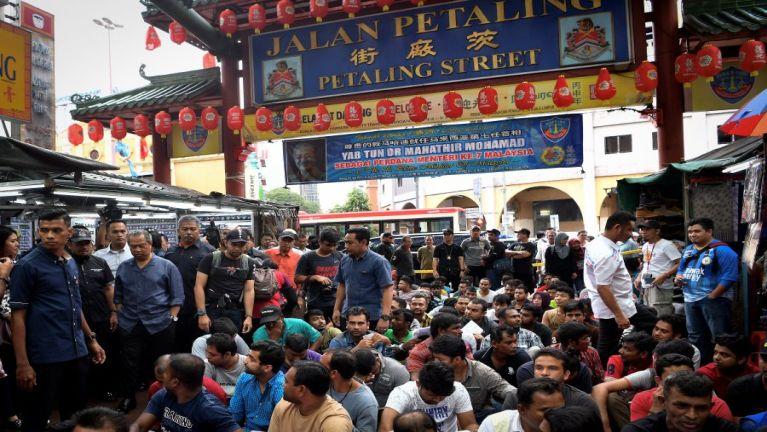 Kuala Lumpur, Chinatown ah Operasi kibawl in gamdangmi 300 thusitna kinei, 170 kimansuak