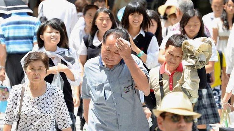 Japan ah khualumluatna hangin mi 30 in sihlawhkhin, mi 12,000 zato kipuak