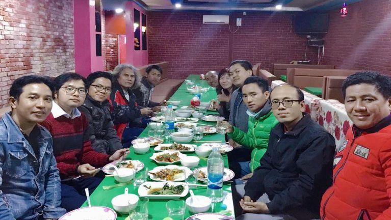 A khatveina leitungbup ZOMUS makaibul Meeting